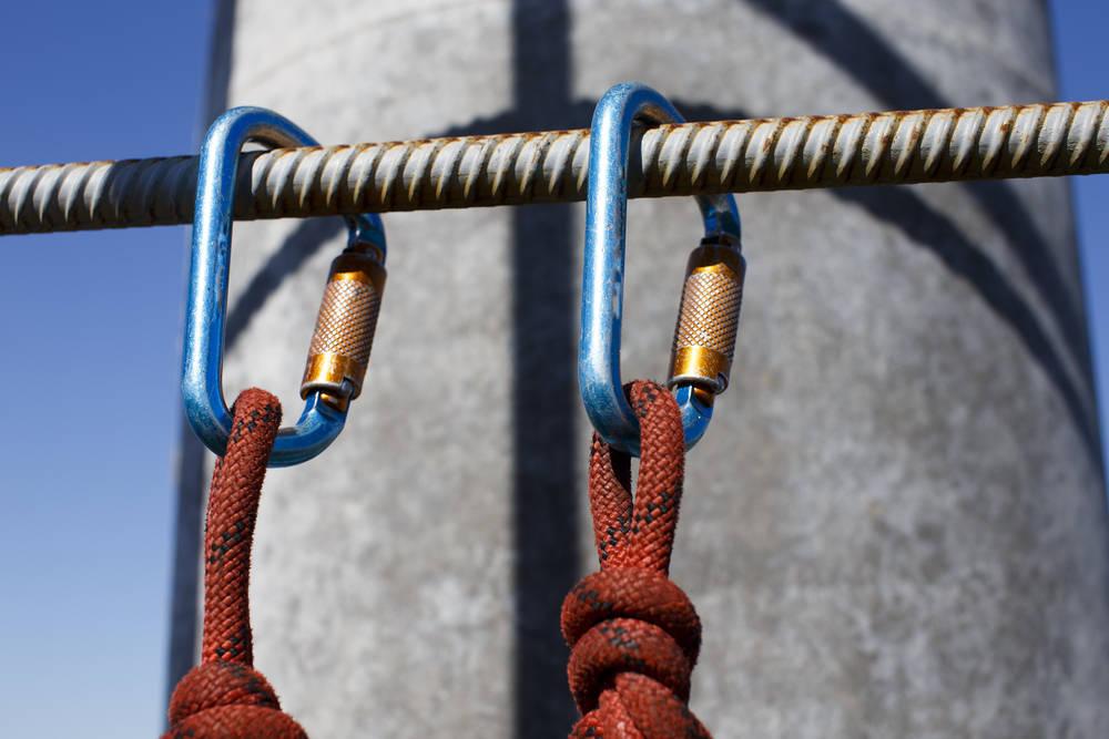Conoce los sistemas de protección contra caídas utilizados en los trabajos en altura